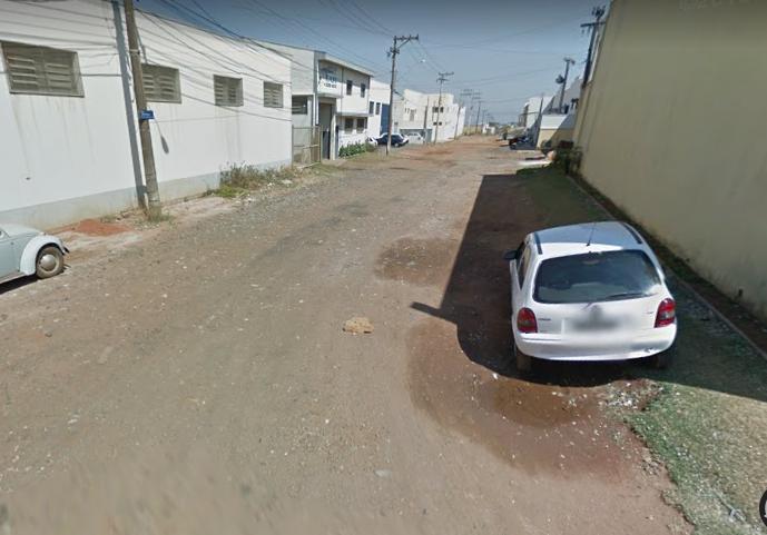 Ruas sem asfaltamento no bairro é problema que acumula mais de três décadas - Crédito: Divulgação