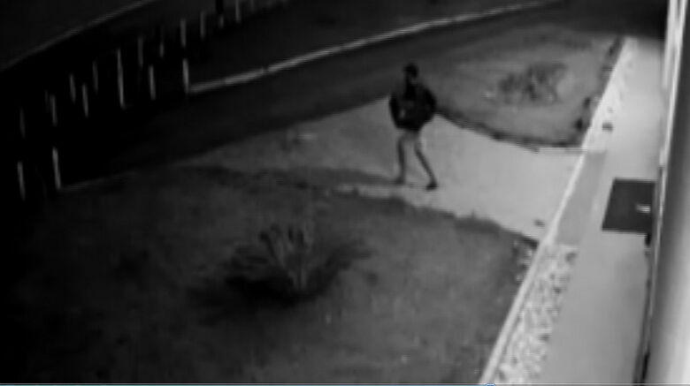 Construtora oferece R$ 500 de recompensa para quem ajudar a encontrar ladrões que invadiram plantão de vendas - Crédito: reprodução