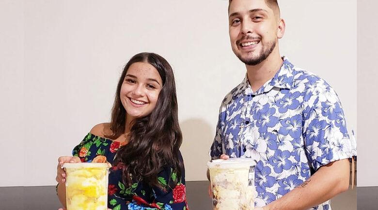 Vitória Sambini e Lucas Sambini, proprietários da Sr. Sorvete Express - Crédito: Divulgação