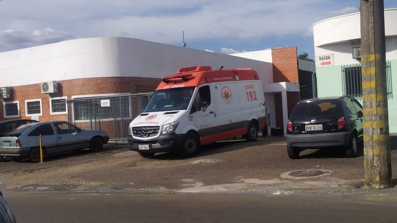 Samu socorreu as duas vítimas encaminhando-as ao Hospital Universitário - Crédito: Maycon Maximino