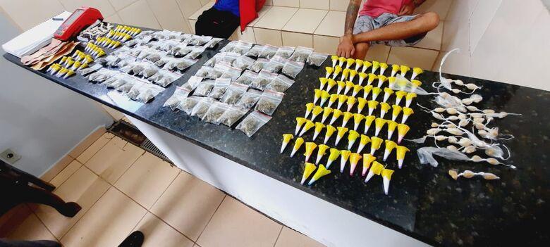A droga que estava em poder do suspeito no Cidade Aracy 2 - Crédito: Maycon Maximino