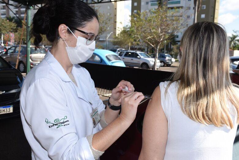 São Carlos inicia nesta terça-feira a imunização contra a Covid-19 do grupo com 56 e 57 anos - Crédito: divulgação