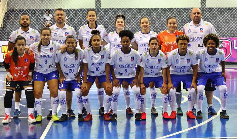 A equipe de futsal feminino ASF/Unicep São Carlos disputa a Liga Paulista - Crédito: Zé Sergio