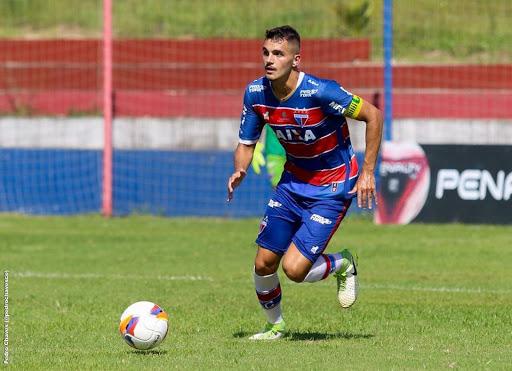 Zanatti já está em São Carlos e passa por exames médicos no Grêmio - Crédito: Divulgação