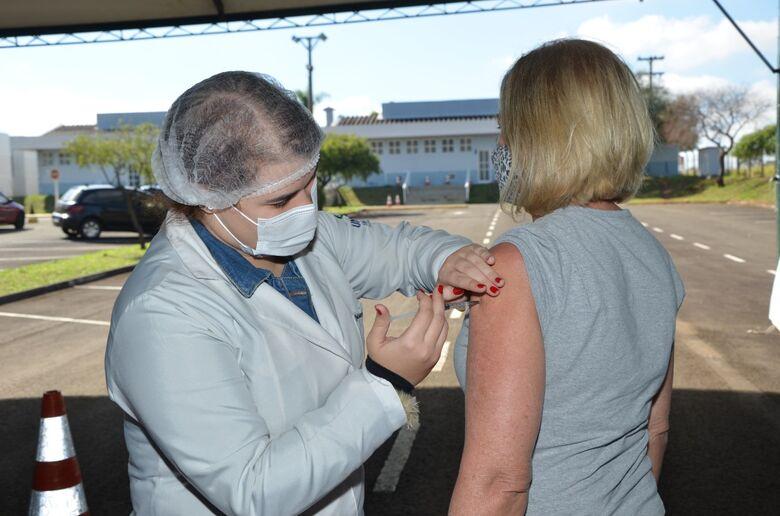 Saúde vai aplicar mais de 2.500  doses por dia da vacina contra a Covid-19 - Crédito: divulgação