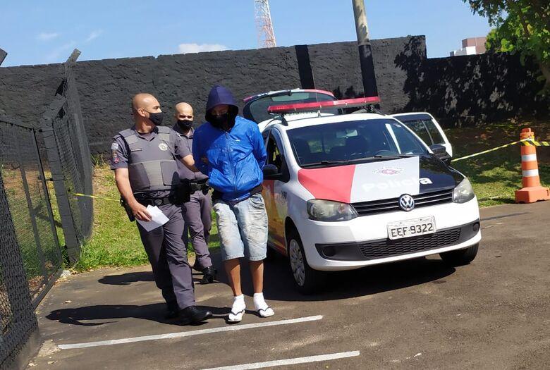 Detido por PMs, ladrão foi recolhido ao centro de triagem - Crédito: Maycon Maximino