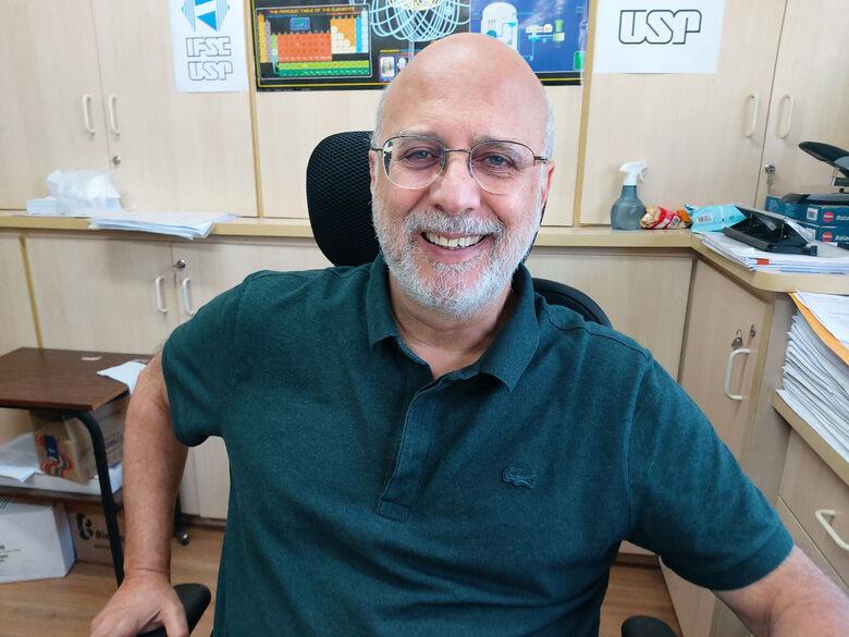 Vanderlei Salvador Bagnato, pesquisador do Instituto de Física de São Carlos (IFSC/USP) e um dos autores do artigo -