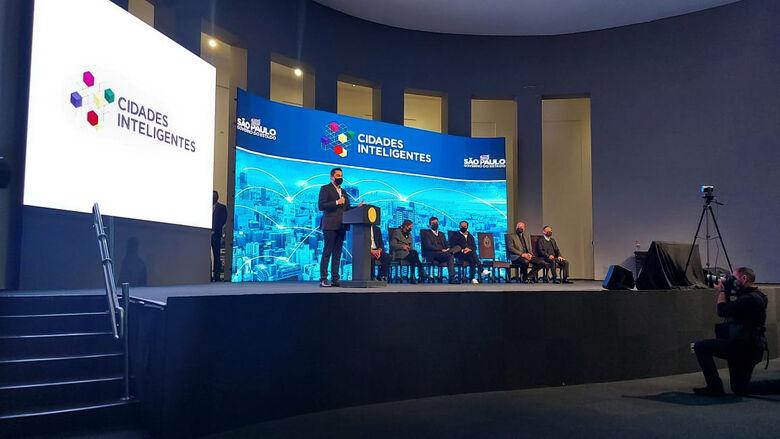 Momento em que era anunciado o investimento que será feito em São Carlos - Crédito: Divulgação