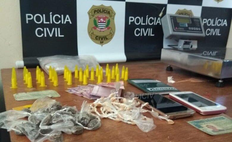 Acusado de tráfico foi detido em Porto Ferreira por policiais civis: a droga foi apreendida - Crédito: Divulgação