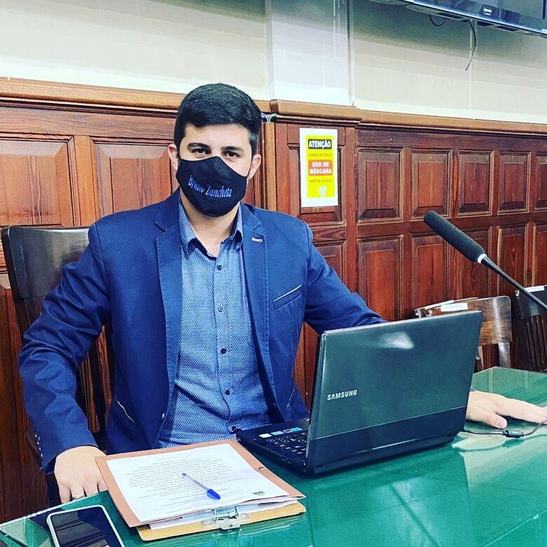 """Lei""""Dezembro Verde"""" do Vereador Bruno Zancheta que combate maus tratos aos animais é sancionada pelo Prefeito Municipal -"""