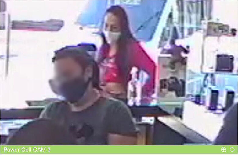 Câmera de segurança registra furto de celular em loja no Centro - Crédito: reprodução