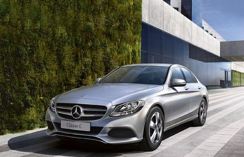 Mercedes-Benz C180 - Crédito: divulgação