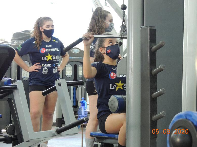 Atletas treinam em academia: modalidade se prepara para a Liga Nacional - Crédito: Marcos Escrivani