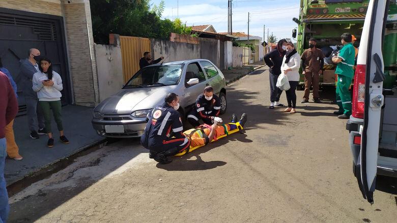 Gari é atropelado durante o serviço no Maria Estela Fagá - Crédito: Maycon Maximino