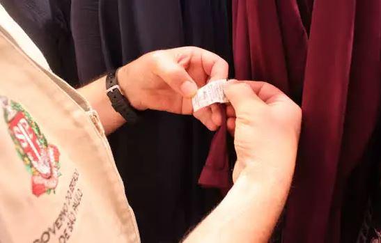 A etiqueta também deve conter elementos de orientação para a conservação e tratamento do produto - Crédito: Divulgação