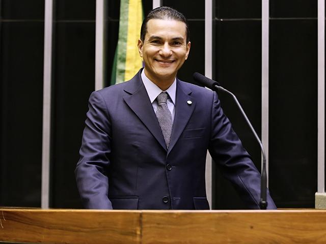 Marcos Pereira, presidente nacional do Republicanos dará posse a Elton Carvalho, presidente do diretório municipal - Crédito: Divulgação