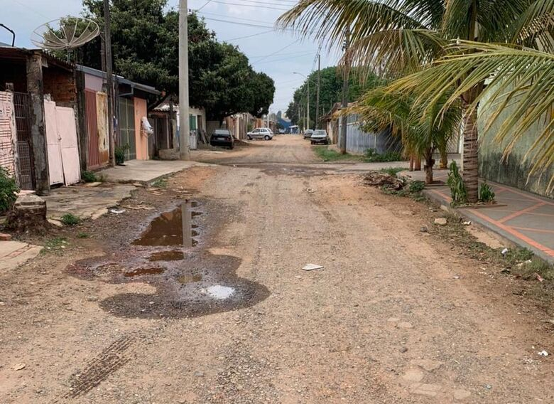 Finalmente rua Luiz Lázaro Zamenhoff será pavimentada - Crédito: Redes sociais
