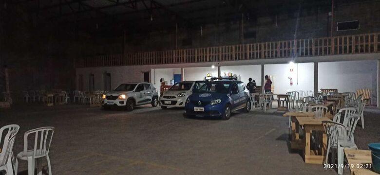 Força-tarefa interdita festa com mais de 500 pessoas no Jockey Clube - Crédito: divulgação