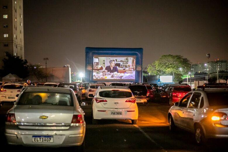 São Carlos recebe cinema drive-in gratuito - Crédito: divulgação