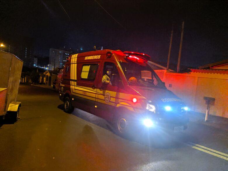 Unidade de Resgate do Corpo de Bombeiros esteve no local - Crédito: Maycon Maximino