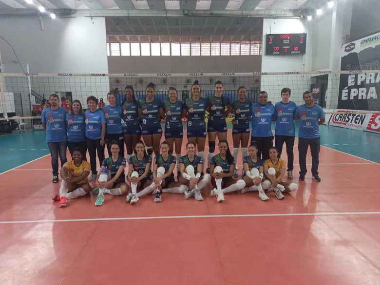 Equipe são-carlense não conseguiu ainda a tão sonhada primeira vitória no Paulista - Crédito: Divulgação