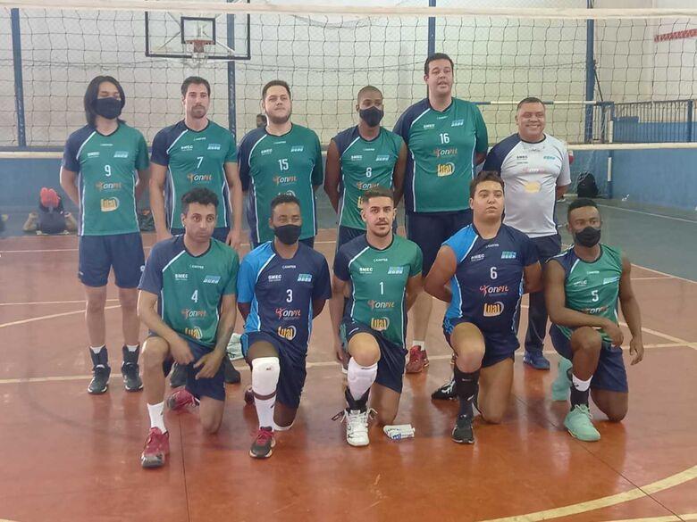 O time são-carlense estreou com derrota na APV - Crédito: Marcos Escrivani