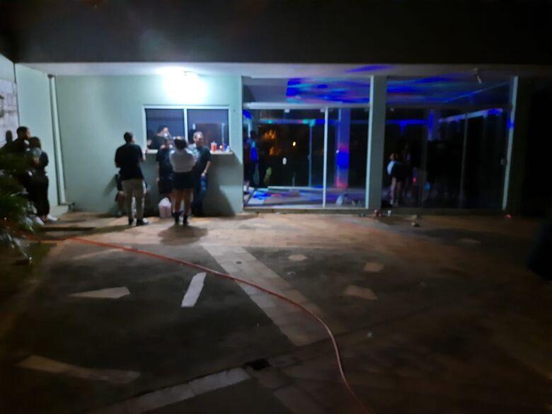 Força Tarefa interdita festa no Parque Belvedere -