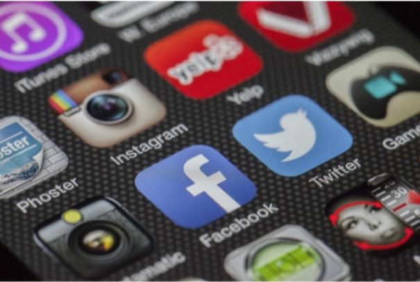Redes sociais: veja como fazer vídeos com fotos e música -