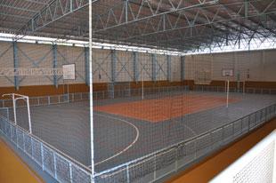 O ginásio Aristeu Favoretto, que estava fechado desde 1997, foi praticamente reconstruído -