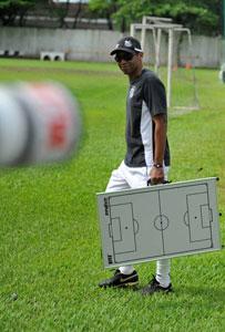 Santos, do técnico Narciso, já está em São Carlos -