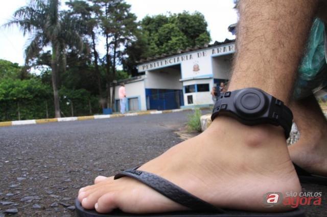Alguns presos serão monitorados com tornozeleiras eletrônicas (foto: Araraquara.com) -