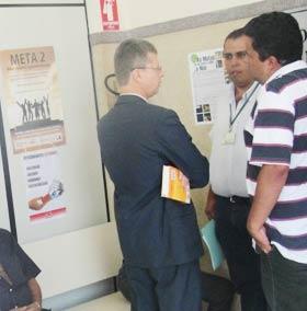 Fiscais da Prefeitura Municipal reunidos no Fórum da cidade. -