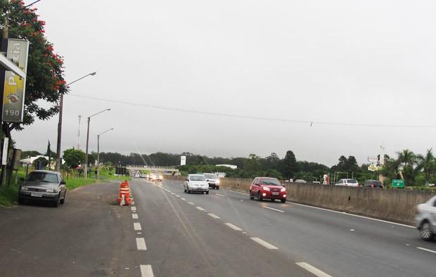 Rodovia Washington Luís (SP-310) já registra movimento acima do normal. -