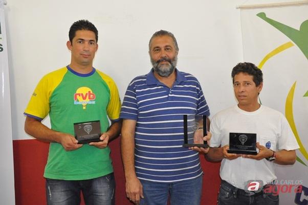 Da esquerda para a direita: Marcos Paulo (2°) - Rubens Kalousdian (1°) - Lupércio Lima (3°) - (Fotos: Divulgação) -