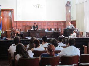 Alunos do curso de Medicina da UFSCar participam de sessão na Câmara Municipal (Foto: Tiago da Mata / SCA) -