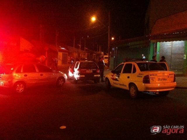 Local onde o PM foi morto a tiros por bandidos. (foto Araraquara.com) -