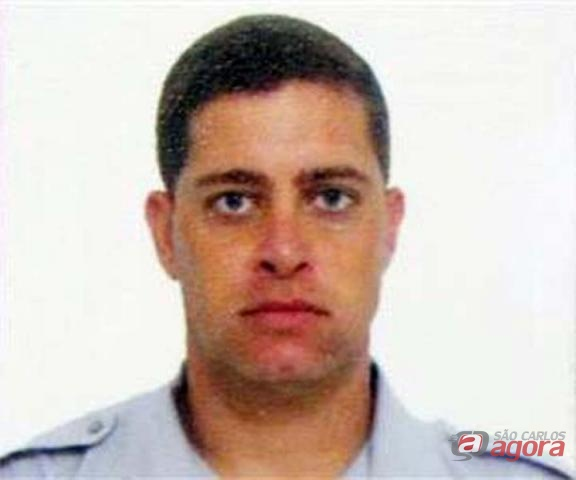 Sargento foi morto com 17 tiros na noite de ontem. (foto Araraquara.com) -