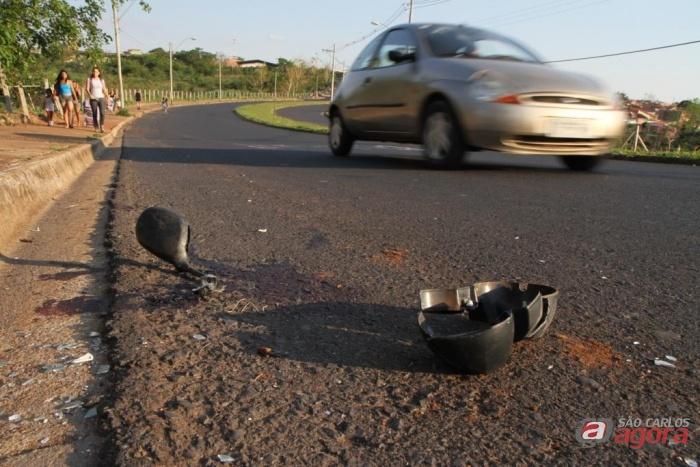 Araraquara: Motociclista morre ao bater em poste no Jardim Adalberto Roxo. (Foto: Araraquara.com) -