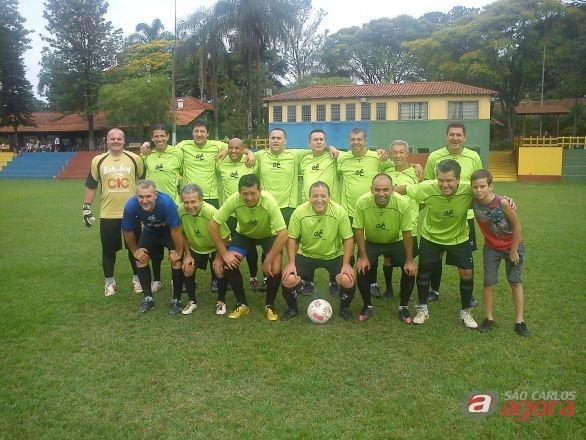 Foto Cascudo: Jogadores em pé - Cleber - Jamil - Fabião - Névoa - Capi - Guga - Márcio - Mathias - Ghidini / Jogadores agachados - Júnior - Célio - Reginaldo - Zefa - Fabinho - Pico. (Foto Divul -