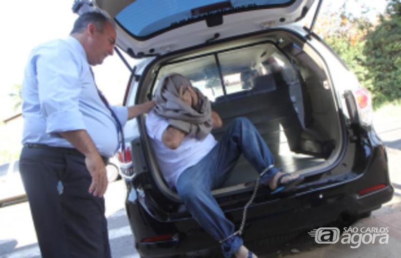 Homem foi encaminhado à Penitenciária de Araraquara (Marcos Leandro/Tribuna Impressa) -