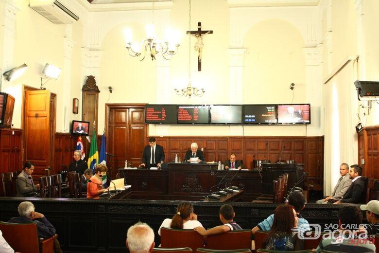 Plenário da Câmara na sessão desta terça-feira: economia de recursos na gestão de Marquinho beneficia a APAE -