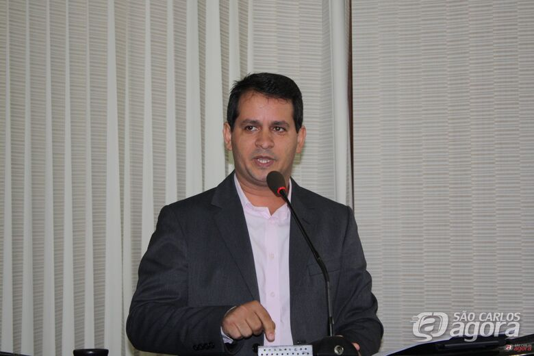 Vereador Roselei Françoso: pedindo solução para falta de merendeiras em EMEB -