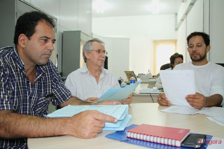 Membros da Comissão em reunião na manhã desta quinta-feira. (Assessoria de Imprensa CMSC / Thiago Jacot) -