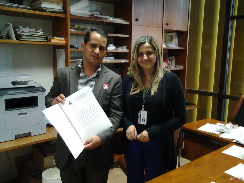 Roselei encaminhou solicitações a deputados federais para recursos visando melhorias em São Carlos. -