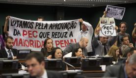 Manifestantes  acompanham  a votação  da  PEC  da Maioridade na CCJMarcelo Camargo/Agência Brasil -