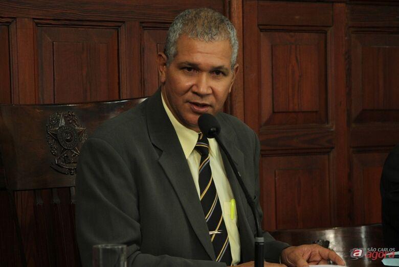 O presidente da Câmara, Lucão Fernandes -