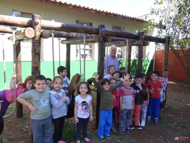 Marquinho e alunos do Cemei Walter Blanco -