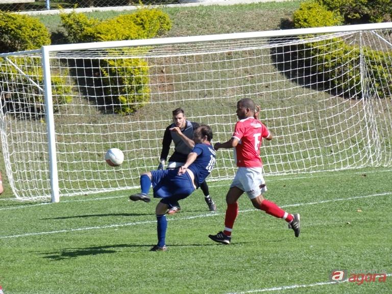 O Jr lutou bastante e conquistou uma bela vitória na rodada do Interno de Futebol. Foto: Marcos Escrivani -