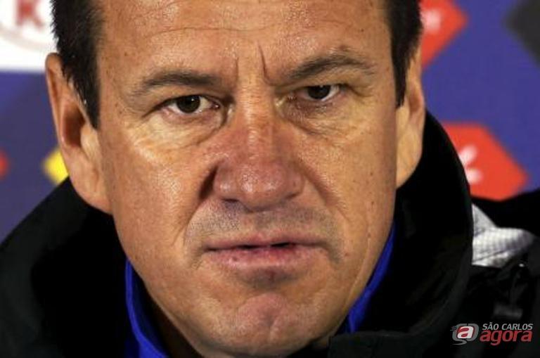Dunga está 'prestigiado' no comando da seleção. A garantia é da CBF. Reuters/Carlos Garcia Rawlins -