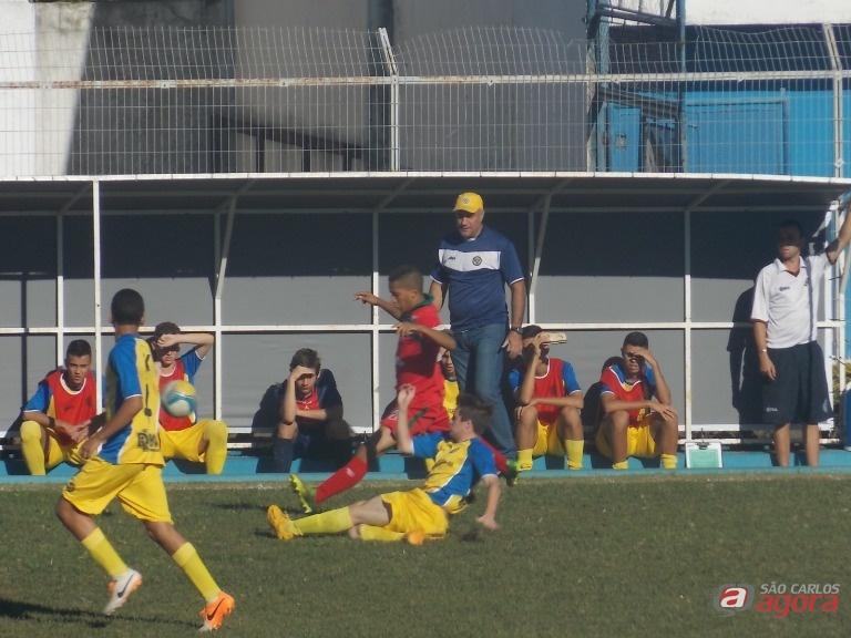 Campagnollo durante jogo quando orientava equipe sub20 no Paulista. Técnico irá comandar equipe nos Regionais. Foto: Divulgação -